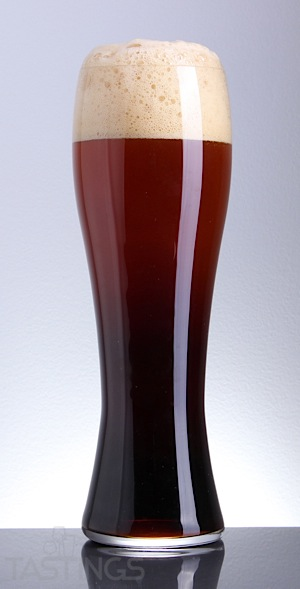 Beer Glass Hefeweizen Dark.jpg